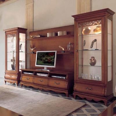 Клсисчески модел композиция за дневна от масивна дървесина фурнир. Колекция Giglio.  Производител: Crema Francesco, Италия. Клас