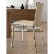 Модел Luna - трапезарен стол с кожена тапицерия. Производител: Antonello, Италия. Луксозни италиански трапезни кожени столове.