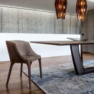 Висок клас луксозни столове за трапезария от Италия. Модел Goldie, производител Arketipo, Италия. Модерни луксозни мебели за тра