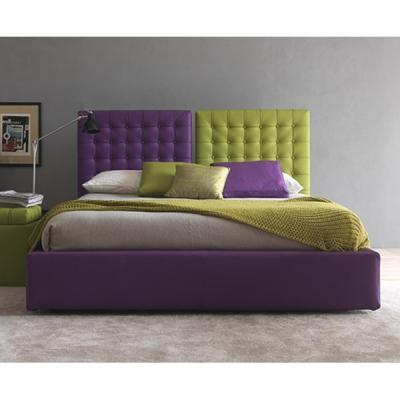 Модерна спалня с кожена или текстилна тапицерия модел Poissy. Производител: Bolzan, Италия. Модерни италиански спални с капитони