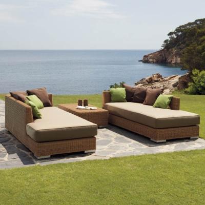 Колекция Golf - мебели и аксесоари от изкуствен ратан подходящи за външни условия. Производител: Point, Испания. Луксозни испанс