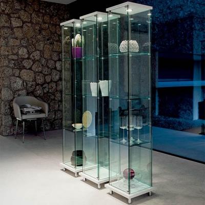 Луксозна стъклена витрина с осветление модел Mini Decor. Cattelan, Италия. Модерни италиански мебели от стъкло - витрини, маси,