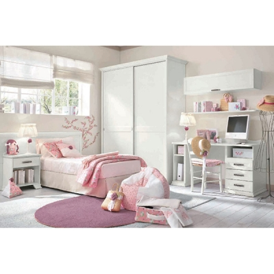 Обзавеждане за детска стая, колекция Arcadia от Colombini, Италия. Класически италиански мебели за детски стаи - легла, бюра, би