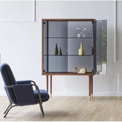 Модерна и луксозна витрина с дървени елементи и стъкло. Модел Juno. Производител - Juno. Miniforms, Италия. Луксозни италиански