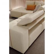 Модерна модулна мека мебел с кожена тапицерия и механизми за промяна височината на гръбните възглавници, както и дълбочината на