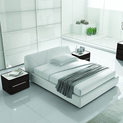 Модерни мебели за спалня. Легла, гардероби, нощни шкафчета, скринове, тоалетки, гардеробни, огледала и др. аксесоари. Италиански