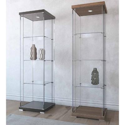 Модел VR03. Производител – Progetto Design Int. Италия. Витрина със стъклена структура и осветление. Основа и таван – лак мат ил