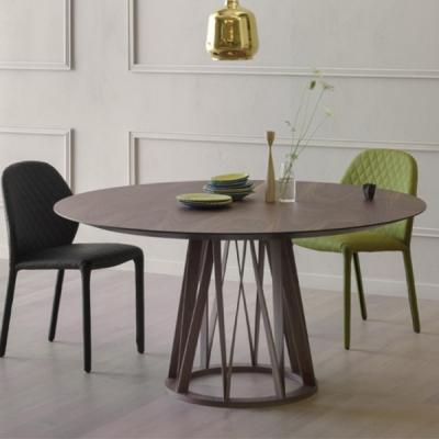 Луксозна трапезна маса от масив със стъклен или фурнирован плот модел Acco. Miniforms, Италия. Луксозни италиански мебели за тра