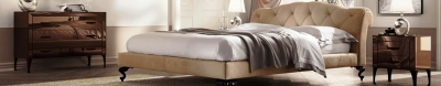 Модерна спалня с изцяло тапицирана рамка и табла модел Selene. Производител: Bolzan Letti, Италия. Луксозни изцяло тапицирани италиански спални с механизми за контейнер, капитониране и svarovski
