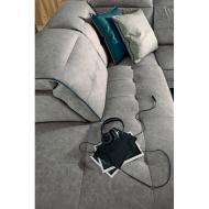 Модулна мека мебел с механизми за регулиране височината на гръбните възглавници. Модел Anastasia. Le Comfort, Италия.