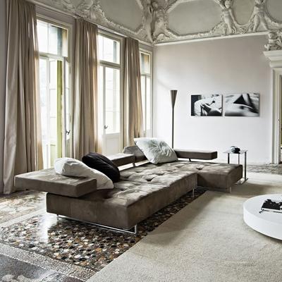 Луксозен кожен диван модел Loft. Производител: Arketipo, Италия. Италианска мека мебел с кожена тапицерия и релакс механизми.
