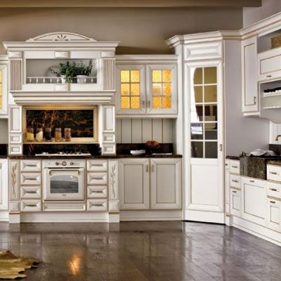 Класически модели италиански кухни от водещи производители като ARREX, COLOMBINI и др. Класически модели кухни от масив, естеств