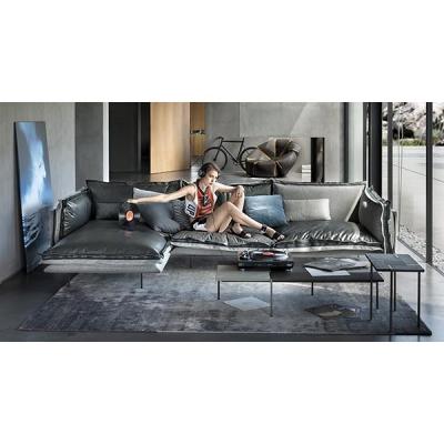 Луксозна мека мебел с кожена или текстилна тапицерия мод. Auto-reverse. Производител: Arketipo, Италия.  Модерни италиански дива