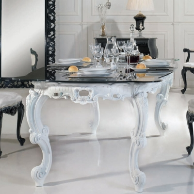 Класическа маса за трапезария мод. Barocco - масивна дървесина и стъклен плот. Производител: Epoque salotti, Италия.  Класически