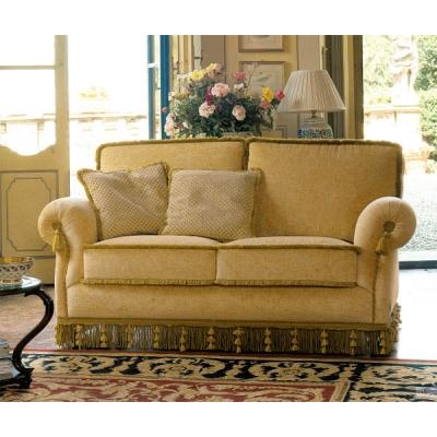 Класически диван Mод. Boston. Производител: TreCi Salotti, Италия. Класически италиански дивани с изцяло сваляща се текстилна да