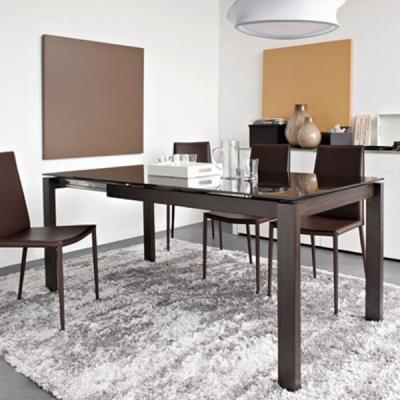 Разтегаема трапезна маса мод. Baron. Производител: Calligaris, Италия. Италиански трапезарни маси- дървени, метални, стъклени и
