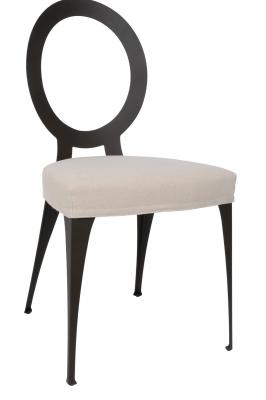 Стол за трапезария мод. Miss - лазерно изрязана метална структура, текстилна или кожена тапицерия. Производител: Cantori, Италия