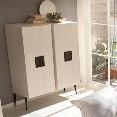Mод. City - скрин подходящ за дневна, трапезария и спалня. Производител: Cantori, Италия.  Луксозни модерни италиански скринове