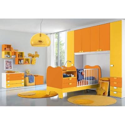 Мебели, аксесоари и осветителни тела за бебешки стаи. Италиански мебели за най-малките - бебешки кошари, гардероби, легла и др.
