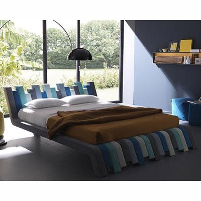 Луксозна модерна изцяло тапицирана с еко кожа, кожа или алкантара спалня модел Cu.Bed. Производител: Bolzan Letti, Италия. Модер