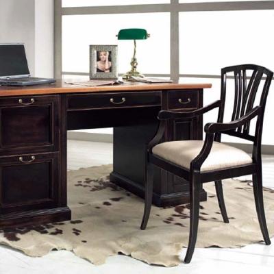 Колекция Gelsomino. Производител: Crema Francesco, Италия. Класически италиански офис мебели от масив и естествен фурнир - бюра,