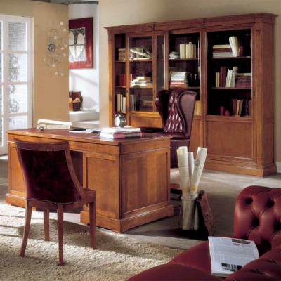 Колекция Geranio. Производител: Crema Francesco, Италия. Класически италиански офис мебели от масив и естествен фурнир - бюра, м
