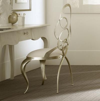 Mод. Ghirigori - стол с метална структура, алуминиеви крака и полиуретанова пяна. Производител: Cantori, Италия. Луксозни италиа