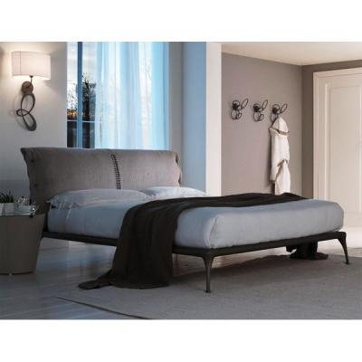 Mод. Iseo спалня с рамка и табла от лят алуминии. Производител: Cantori, Италия. Луксозни италиански спални с алуминиева табла и