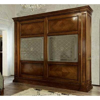 Класически гардероб от масивна дървесина мод. Le Ginestre. Производител: Gruppo Santarossa, Италия. Класически италиански гардер