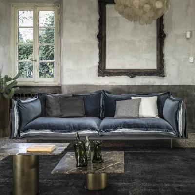 Дивани, ъглови композиции, мека мебел с механизъм за сън с текстилна тапицерия. Луксозни и нискобюджетни италиански и испански д