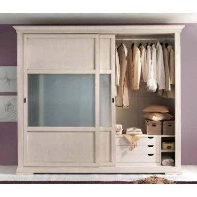 Мод. Mughetto - класически гардероб от масив, естествен фурнир и стъкло. Производител: Crema Francesco, Италия. Класически итали