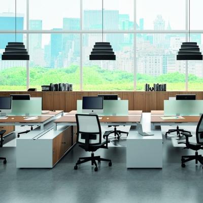 Работни офис бюра, контейнери, шкафове, заседателни маси, библиотеки и др. Производител: Officity, Италия. Модерни италиански оф
