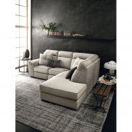 Модулна мека мебел с възможност за релакс механизми и механизъм за сън. Модел Orion, Le Comfort, Италия. Модерни и класически ит
