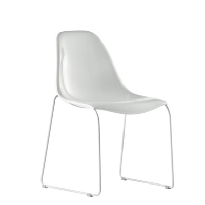 Трапезен стол с метални крака и седалка от поликарбонат мод. Day Dream. Производител: Pedrali, Италия