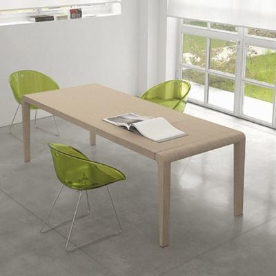 Модерна трапезарна маса с разтягане модел Exteso. Производител: Pedrali, Италия. Италиански трапезни разтегаеми маси от масив, е