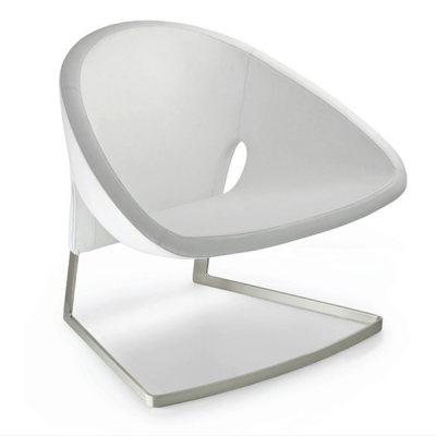 Комфортно кресло с естествена кожа мод. Joker. Производител: Pedrali, Италия