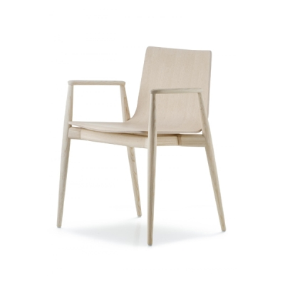 Трапезарен стол мод. Malmö. Производител: Pedrali, Италия.