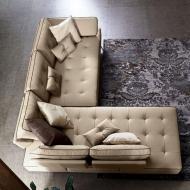 Кожена гарнитура с механизми на гръбните възглавници, модел Platone. Производител: Le Comfort, Италия. Модерни италиански кожени