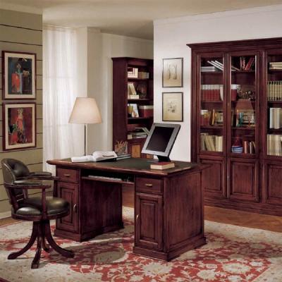 Класически офис мебели от масив и естествен фурнир. Колекция Primula. Производител: Crema Francesco, Италия. Класически италианс