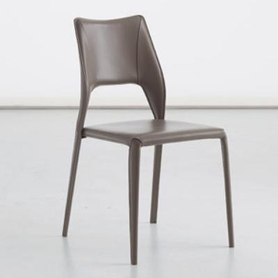 Мод. Vittoria - изцяло тапициран с текстил или кожа трапезарен стол. Разнообразие от текстилни и кожени тапицерии. Производител: