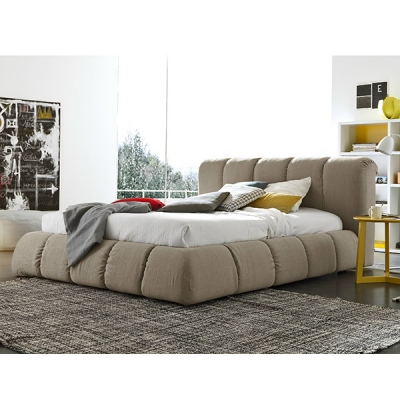 Мод. Sharpei - спалня изцяло тапицирана с еко кожа, текстил или естествена кожа. Производител: SMA Mobili, Италия. Модерни итали