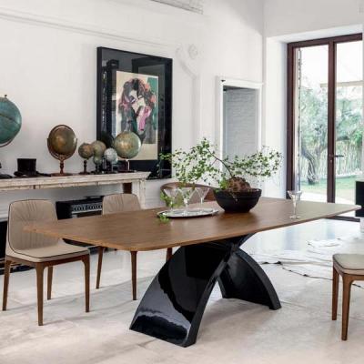Луксозна фиксирана или с разтягане трапезна маса модел Tokyo. Tonin casa, Италия. Модерно италианско обзавеждане за трапезария-