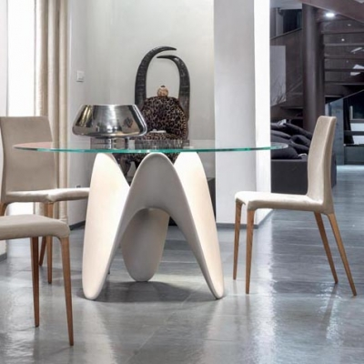 Луксозна трапезарна маса със стъклен плот модел Gaya. Tonin casa, Италия. Модерна, дизайнерска и луксозна италианска мебел за тр