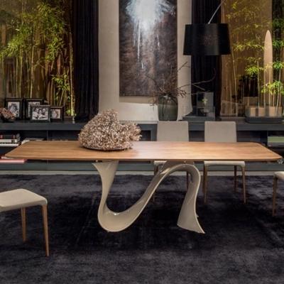 Луксозна трапезарна маса, фиксирана или с механизъм за разтягане, модел Wave. Tonin casa, Италия. Луксозни, дизайнерски и модерн