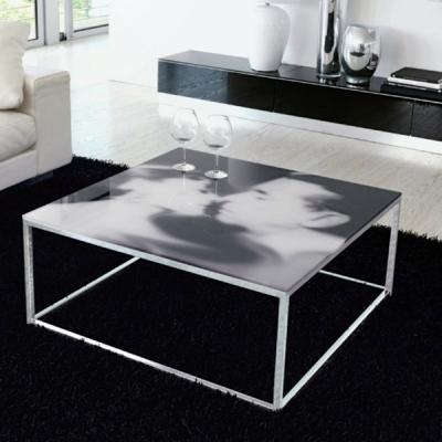 Холна маса с хромирана метална основа и стъклен плот модел Bacio. Производител: Unico Italia, Италия. Модерни италиански маси за