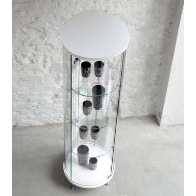 Стъклена витрина мод. Goccia. Производител: Unico Italia, Италия. Модерни италиански витрина за дневна и трапезария.