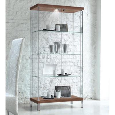 Стъклена витрина мод. Squadra. Производител: Unico Italia, Италия.  Модерни италиански стъклени витрини за всекидневна и трапеза