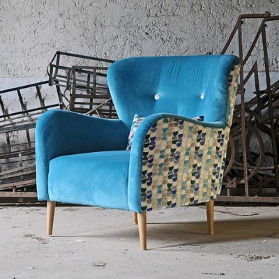 Винтидж кресло с кожена или текстилна тапицерия. Модерни и винтидж италиански мебели - дивани, кресла и др.