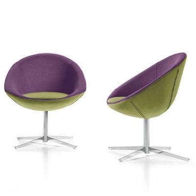 Модерен офис стол модел Yoga. Производител: Diemme, Италия. Модерни италиански офис мебели - заседателни, посетителски, конферен